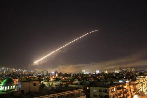Πόλεμος στο Λεβάντε: η τριμερής επίθεση ενίσχυσε τη συριακή εξουσία και δυσφήμισε τους εσωτερικούς και εξωτερικούς αντίπαλους της