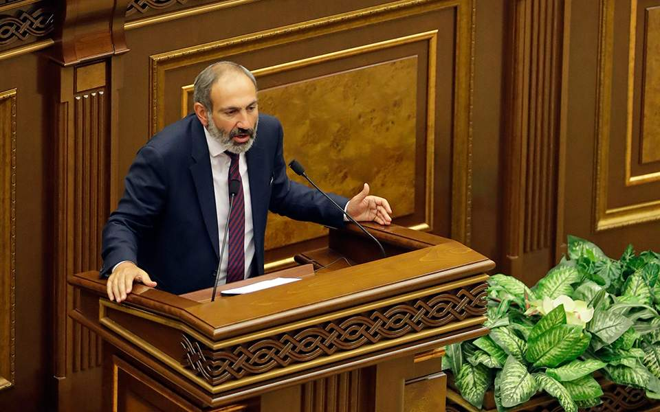 Αρμενία: Δεν εξελέγη πρωθυπουργός ο Πασινιάν
