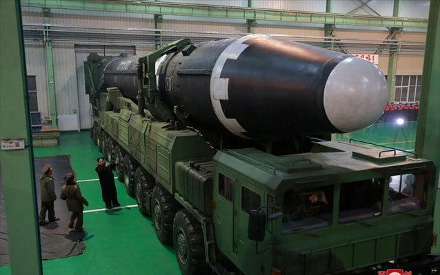 Η Β. Κορέα φέρεται να κατασκευάζει νέους πυραύλους