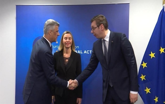 Συμφωνία-φωτιά Σερβίας-Κοσόβου για επαναχάραξη συνόρων