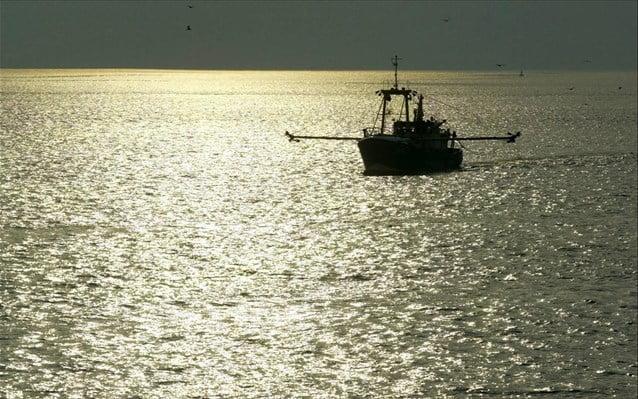 Μέχρι Μύκονο έφτασαν τα τουρκικά αλιευτικά… παντελώς ανενόχλητα (vid.)