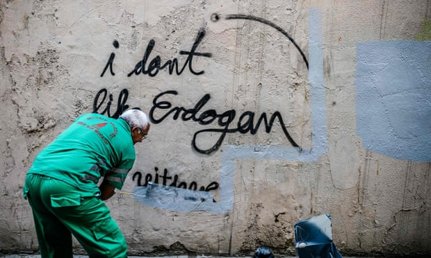 Die Welt: Πώς ο Ερντογάν θέλει να κερδίσει τα Βαλκάνια αλλά αποτυγχάνει