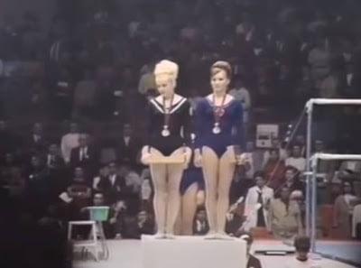 Σαν σήμερα το 1968, η Τσέχα γυμνάστρια Βέρα Τσάσλαβσκα κατακτούσε την πρώτη θέση