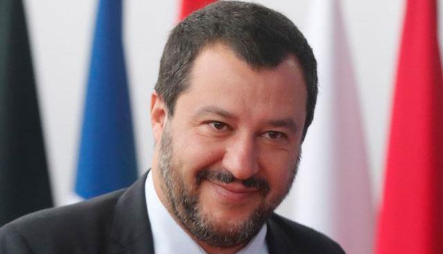 Πανηγυρίζει ο Σαλβίνι για «την ήττα της ΕΕ» στη Βαυαρία