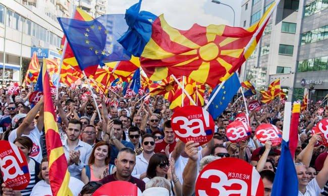 Δημοψήφισμα στα Σκόπια: Ο εξευτελισμός της Δημοκρατίας