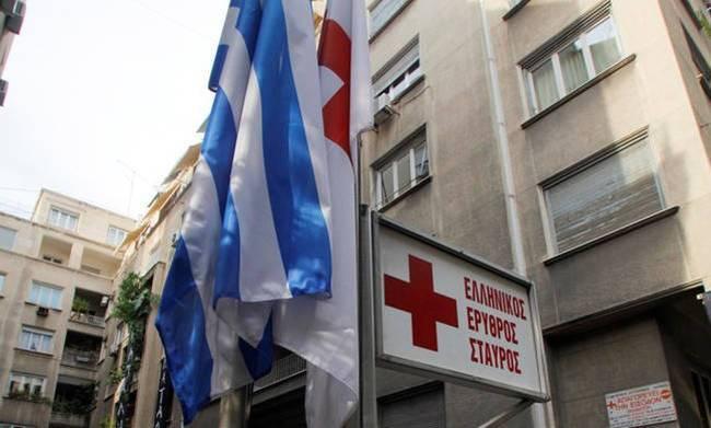 «Μάνα με μαχαίρωσαν»! Είδε τον Χάρο με τα μάτια του όταν τον μαχαίρωσαν ληστές στο Κέντρο της Αθήνας