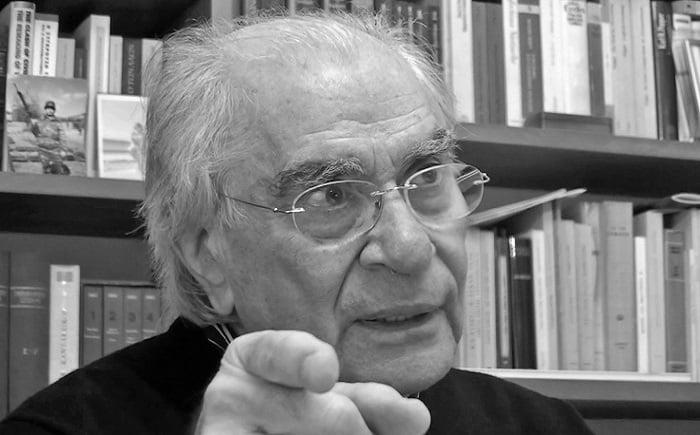 Χρήστος Γιανναράς : Οι «δικτατορίες» των ισχυρών και η παραίτηση των Λαών (βίντεο)