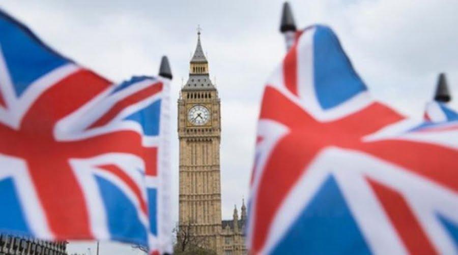 Βρετανία και ΕΕ κατέληξαν στη διακήρυξη του Brexit – May: Η καλύτερη δυνατή συμφωνία για τη χώρα – «Αγκάθι» το Γιβραλτάρ