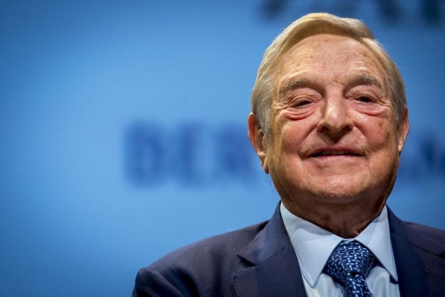 Πώς ο Soros χρεώνει πρόσφυγες και μετανάστες, μέσω πιστωτικών καρτών