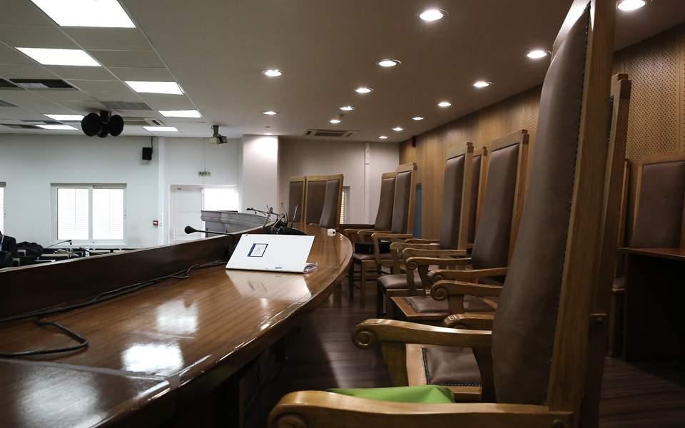 Αγωγή κακοδικίας κατέθεσε η Ε.Ράικου κατά της Ε. Τουλουπάκη