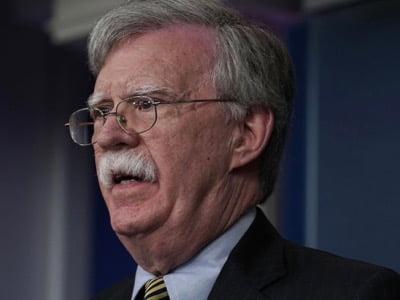 Οι Ηνωμένες Πολιτείες προετοιμάζουν πόλεμο μεταξύ Λατινοαμερικανών