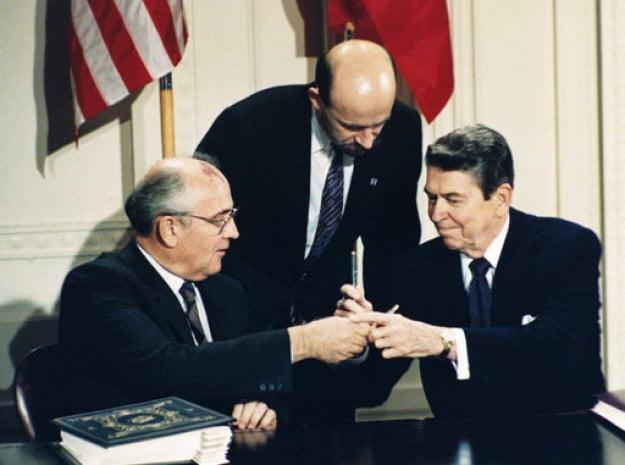 Οι ΗΠΑ ανακοίνωσαν την αποχώρησή τους από τη συνθήκη INF με τη Ρωσία – Το ΝΑΤΟ «υποστηρίζει πλήρως»