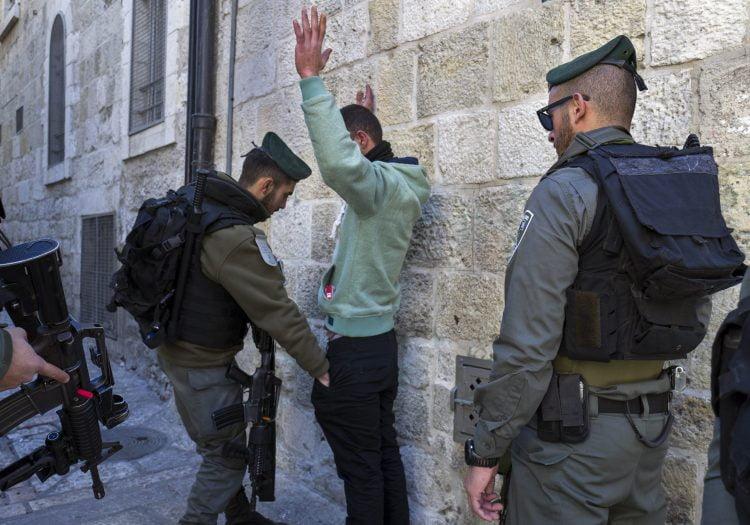 Τα εγκλήματα του φασισμού: Η πενταμερής σύσκεψη στο Ισραήλ, η ακύρωσή της και η σύγκρουση με την Πολωνία