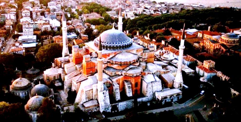 ΚΩΝΣΤΑΝΤΙΝΟΥΠΟΛΗ: Η ΠΟΛΗ ΤΩΝ ΠΟΛΕΩΝ 11 Μαίου 330: Τα εγκαίνια της Κωνσταντινουπόλεως