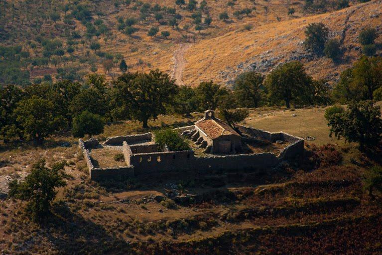 Η ιστορική Επισκοπή και Μητρόπολη Χιμάρας