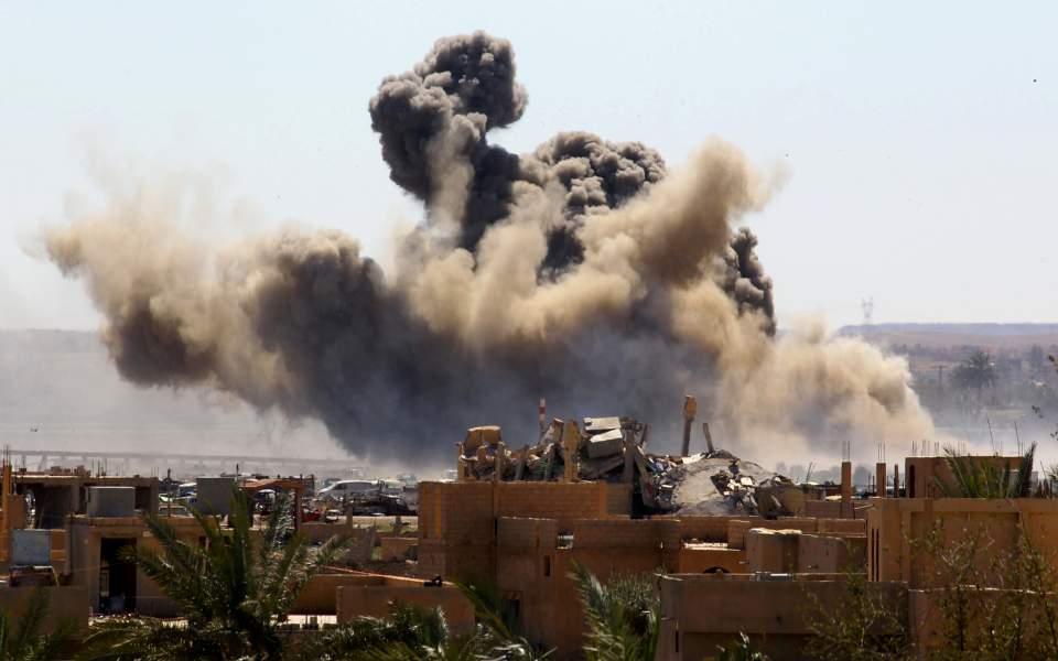 Συρία: Κουρδική ιστοσελίδα κάνει λόγο για ήττα του ISIS στη Μπαγκούζ – Διαψεύδουν οι συριακές δημοκρατικές δυνάμεις
