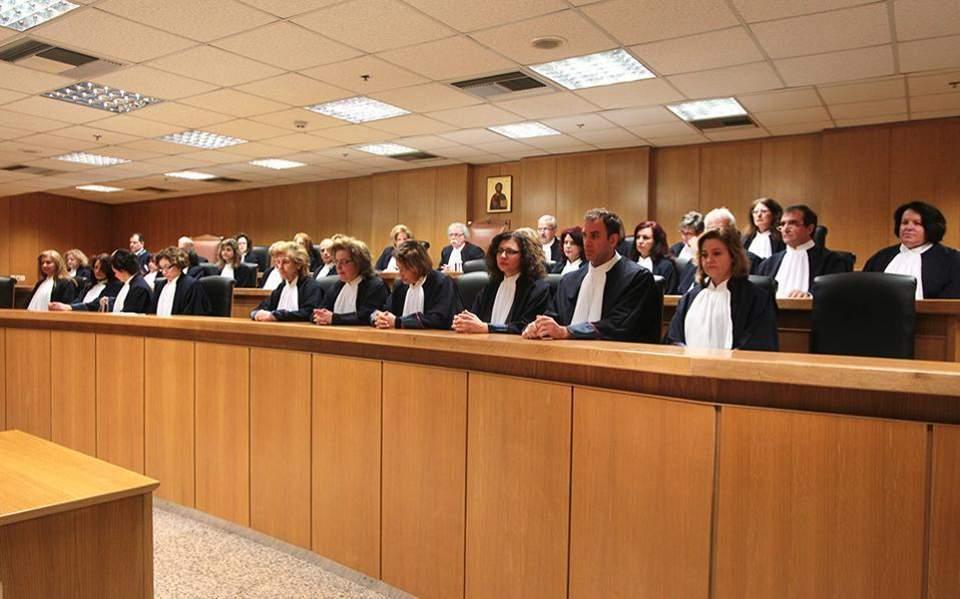 Κριτική για τον νέο Ποινικό Κώδικα από τους εισαγγελείς – Κίνδυνος για μαζικές παραγραφές αδικημάτων