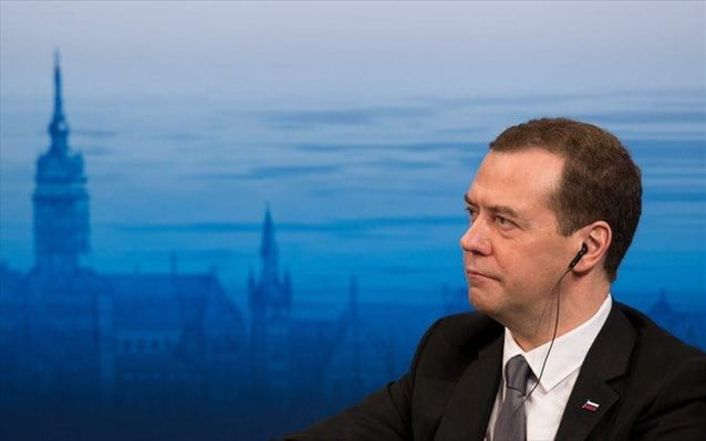Μεντβέντεφ: Έτοιμη η Ρωσία για την κατασκευή πυρηνικού σταθμού στη Βουλγαρία