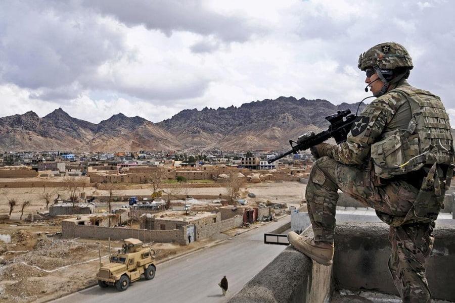Αφγανιστάν: Η Λόγια Ζίργκα (Συμβούλιο Φυλών) καλεί σε «άμεση και διαρκή» κατάπαυση του πυρός