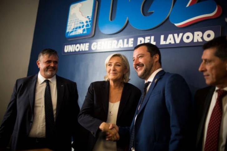 Bloomberg: Όλες οι επιλογές της Ιταλίας μοιάζουν φρικτές