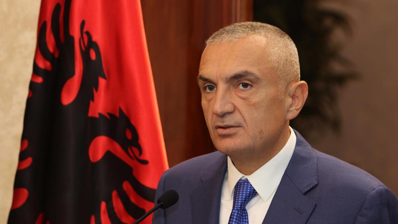 Ανοίγει ο δρόμος για καθαίρεση του Αλβανού προέδρου – «Ναι» στην πρόταση μομφής είπε το αλβανικό κοινοβούλιο
