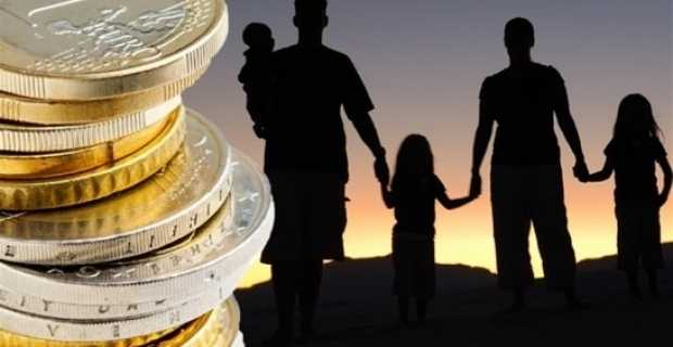 Τα ελληνικά νοικοκυριά έχασαν 42% του εισοδήματος τους την τελευταία πενταετία