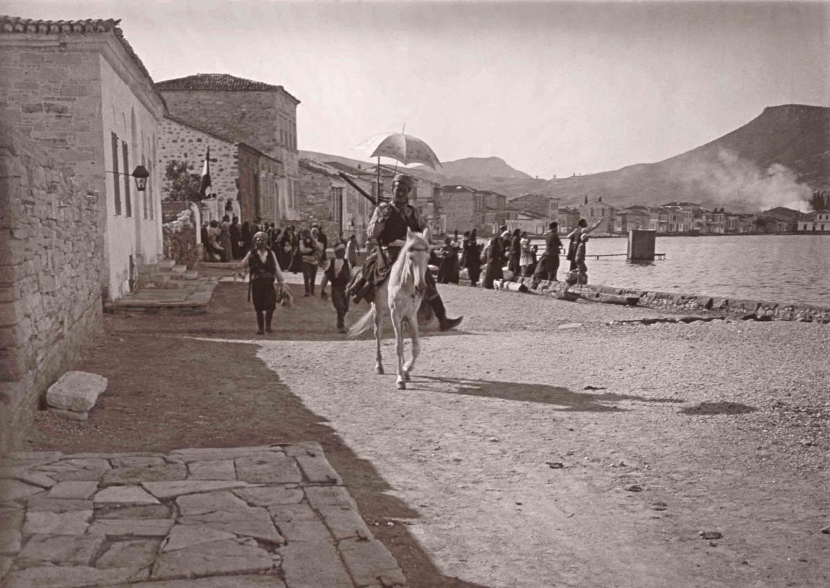 Γενοκτονία έγινε και στη Μικρά Ασία, να μην το ξεχνάμε!!! «Λεηλατούν, πυρπολούν, σκοτώνουν ψυχρά» – Η σφαγή της Φώκαιας το 1914, ο οργανωμένος διωγμός των Ελλήνων