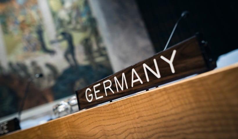 Η εκκωφαντική σιωπή της Γερμανίας