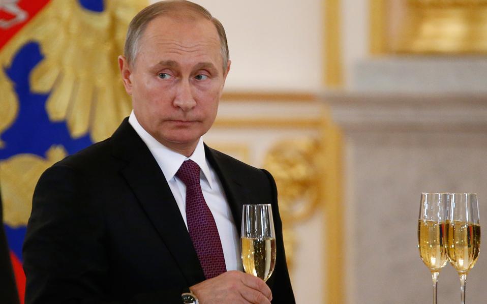 Φοβάται ο Πούτιν ότι θα τον δηλητηριάσουν;