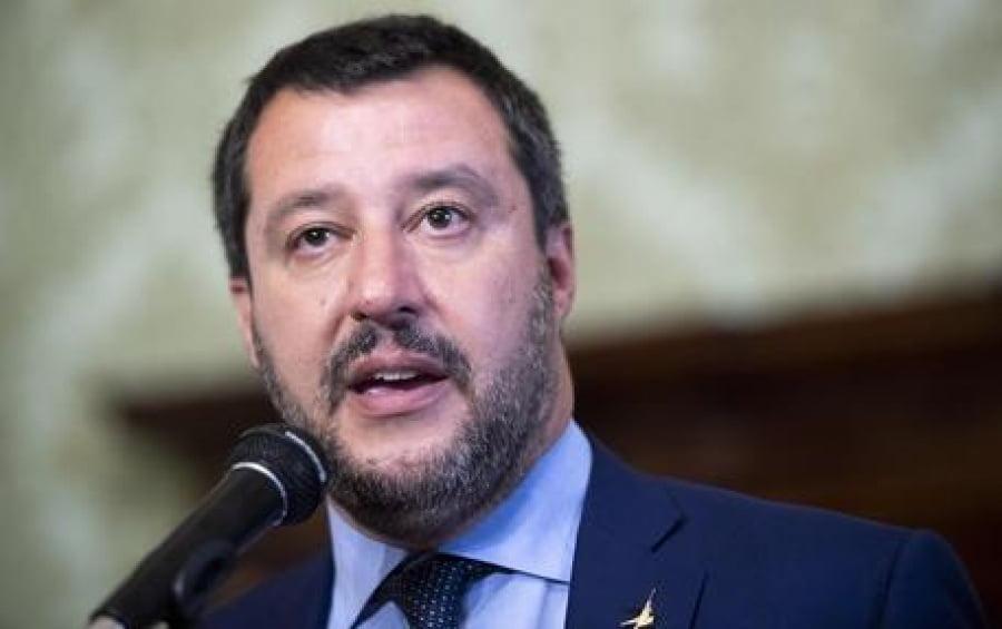 FT: Κατηγορούν τον Salvini ότι έλαβε χρηματοδότηση από την Ρωσία – Διαψεύδει η Lega
