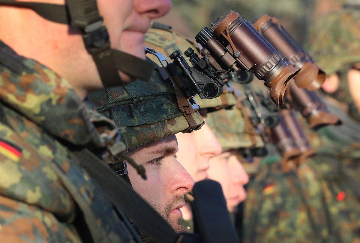 Το ΝΑΤΟ θα εξετάσει το αμερικανικό αίτημα για περαιτέρω συμμετοχή του στην αποστολή στο Ιράκ