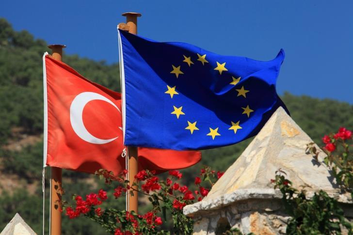 Συνεχίζουν τις π@υστιές οι Άγγλοι – Βρετανικό «αγκάθι» στα μέτρα κατά Τουρκίας
