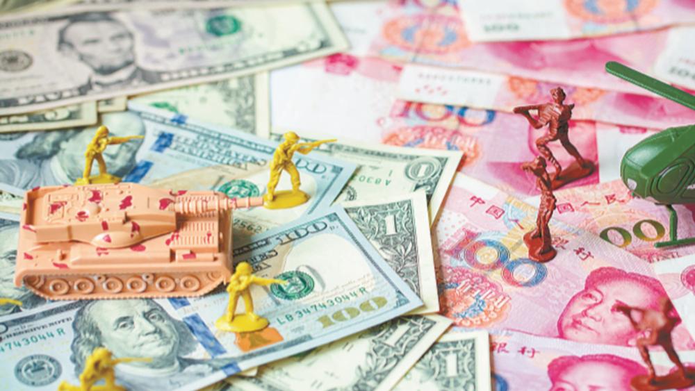 ΗΠΑ και Κίνα φλερτάρουν με το σενάριο του συναλλαγματικού πολέμου
