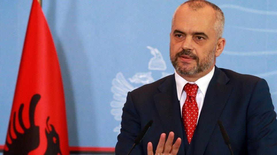 Αλβανία-κορωνοϊός: Στρατιωτικός νόμος για 40 ώρες