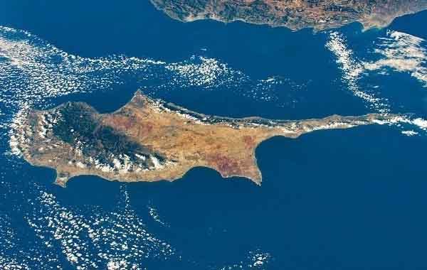 Σκάνδαλο στην Κύπρο με πυροσβεστικά αεροσκάφη και τουρκικό «δάκτυλο»