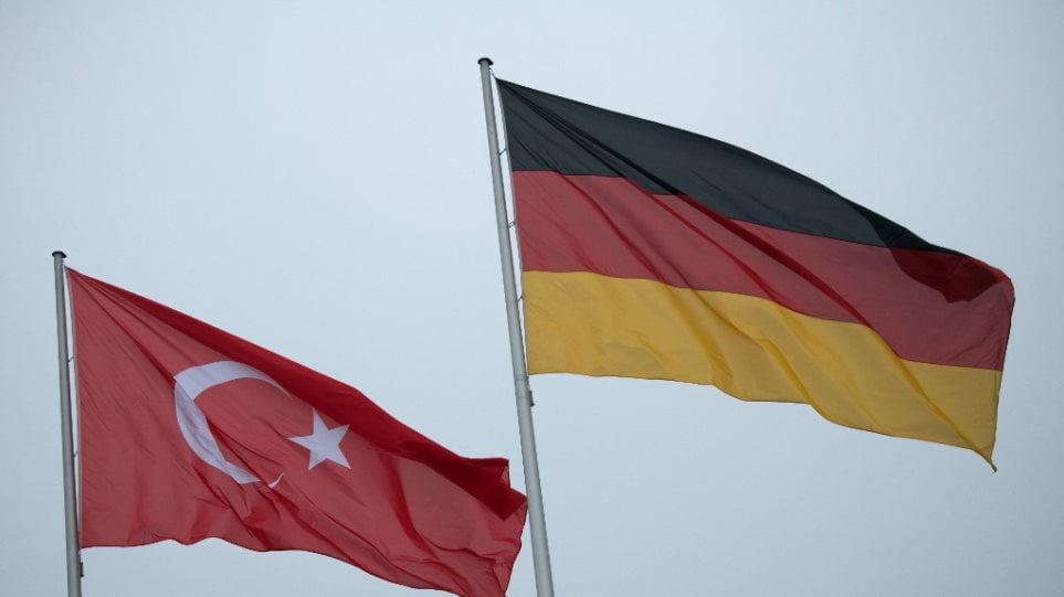 Ομολογία Γερμανών-Spiegel: Η Τουρκία κατηύθυνε τα επεισόδια στα ελληνικά σύνορα