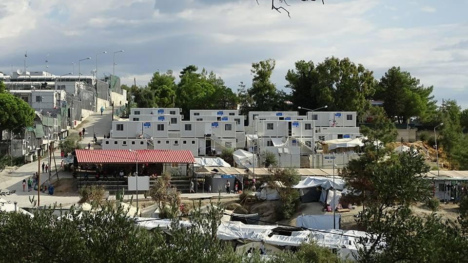 Απόρρητα κονδύλια και μυστικές αναθέσεις! Τα «λεφτόδεντρα» ανθίζουν μόνο για τους μετανάστες
