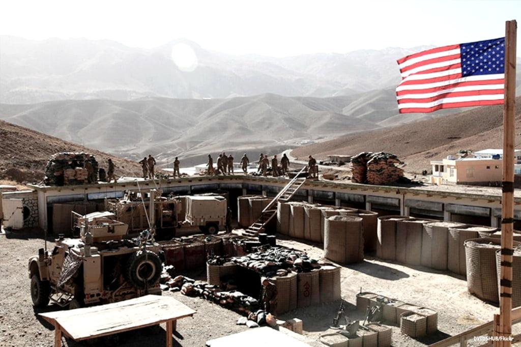 Ομάδα αγνώστων εξαπέλυσε τρομοκρατική επίθεση έναντι αμερικανικής βάσης στην Συρία