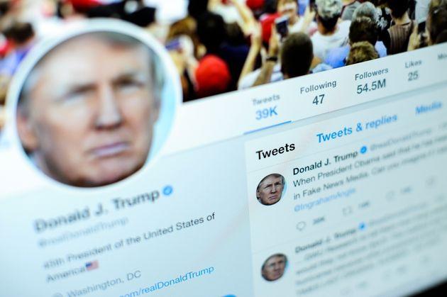 Vanity Fair: Τα tweets του Τραμπ έκαναν μυστηριώδεις χρηματιστές πλουσιότερους κατά 3,5 δισ.