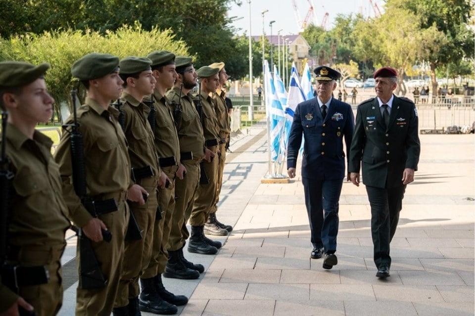 Στο Ισραήλ ο αρχηγός ΓΕΕΘΑ