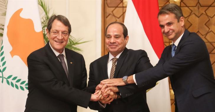 Τριμερής Καΐρου: «Κατηγορώ» κατά της Τουρκίας