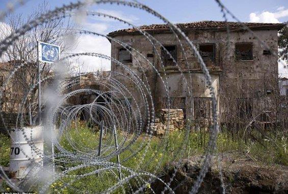 Κυπριακό: Διαπραγμάτευση με τουρκικά τελεσίγραφα