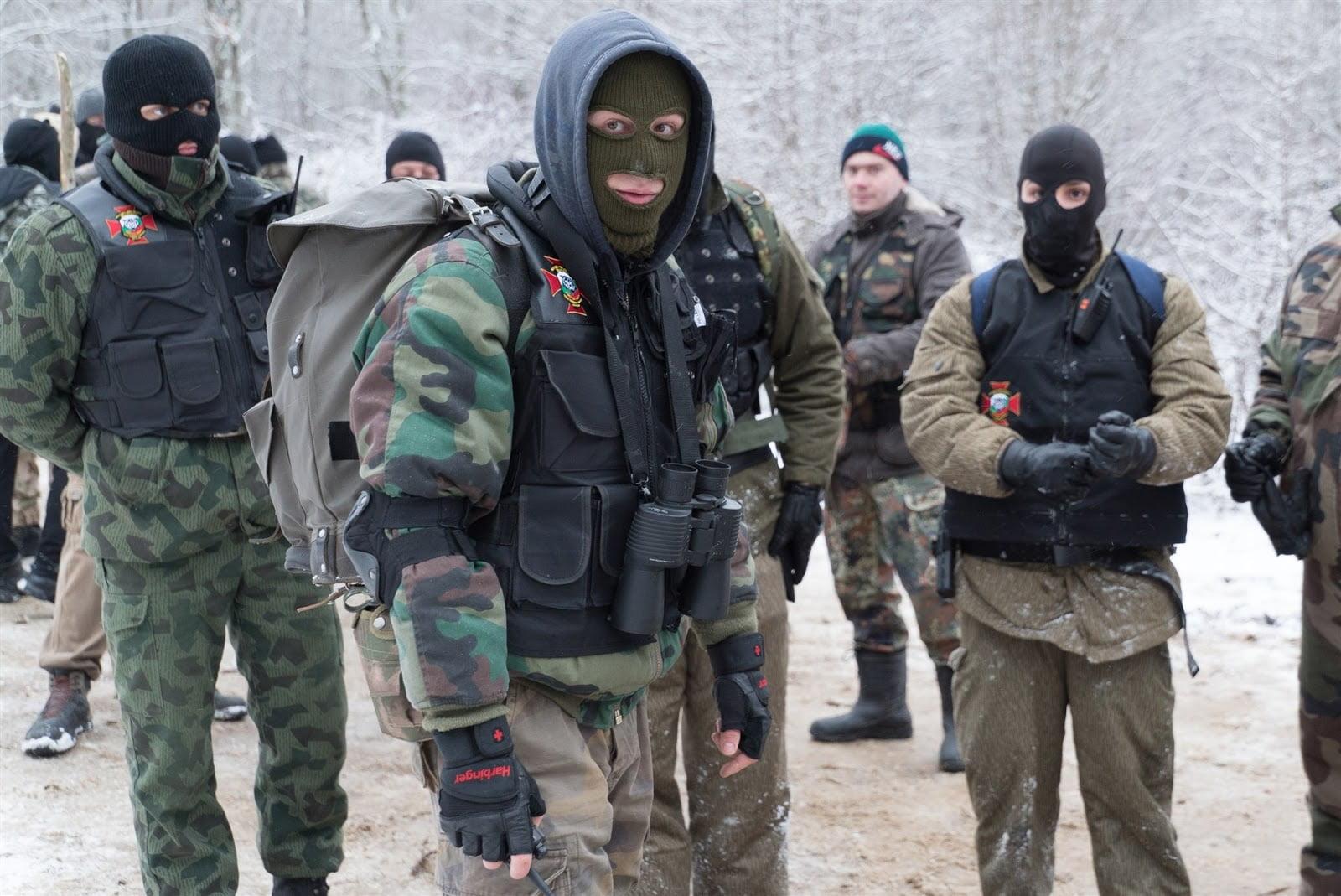 Οι Βούλγαροι στις επάλξεις – Πολίτες-κομάντο αναχαιτίζουν πρόσφυγες στα σύνορα (ΒΙΝΤΕΟ)