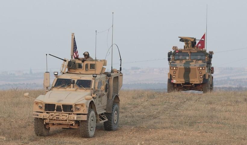 Η Τουρκία συνεργάζεται με το καθεστώς της Συρίας για να αντιταχθεί στη συμφωνία πετρελαίου αμερικανικής εταιρείας με την SDF