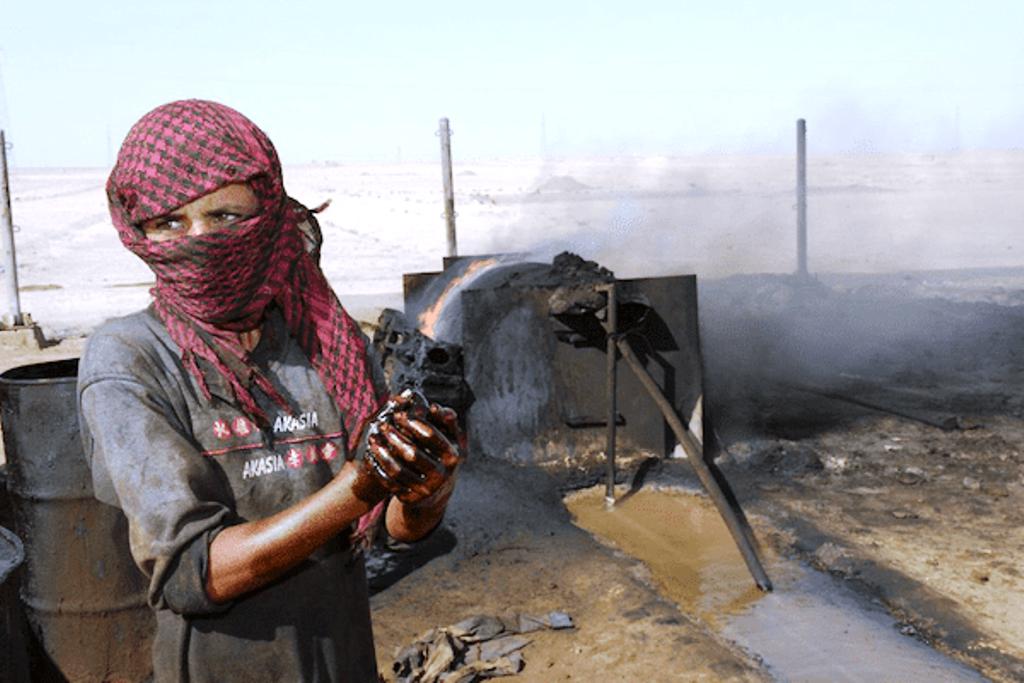 """ΗΠΑ/Συρία: Ο πρωτουργός της επιχείρησης """"Κρατάμε το πετρέλαιο"""" κρατά ήδη απόσταση από την προβλεπόμενη αποτυχία της"""