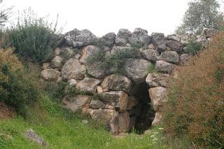 Η αρχαιότερη γέφυρα του κόσμου είναι Μυκηναϊκή και καταρρέει
