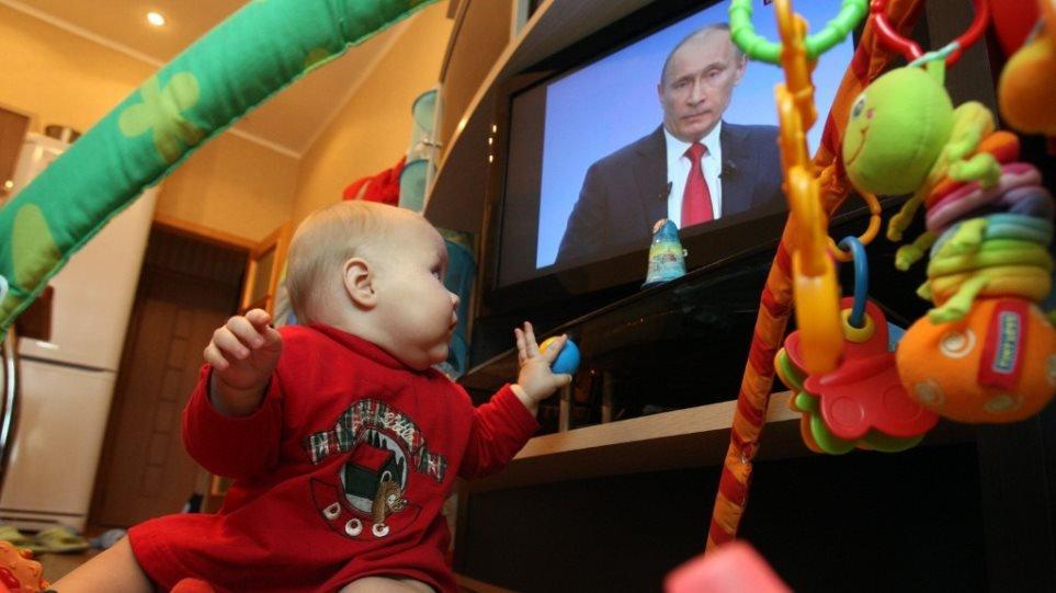 Αυτό να το προσέξουμε – Αμερικανική έρευνα: Τα παιδιά 1 έτους περνούν κατά μέσο όρο σχεδόν μία ώρα μπροστά από οθόνες