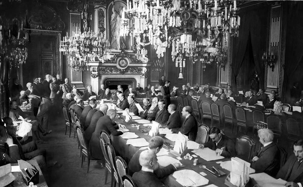 Αρετή Τούντα-Φεργάδη: Η Συνθήκη Ειρήνης του Νεϊγύ – Πριν από 100 χρόνια