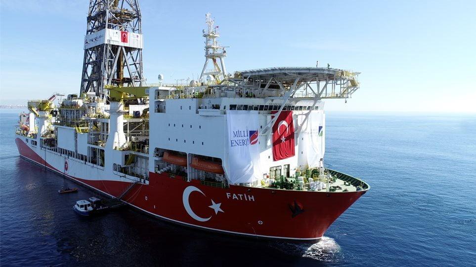 Το τουρκικό γεωτρύπανο «Πορθητής» ανοιχτά της Καρπασίας με κατεύθυνση την Αμμόχωστο
