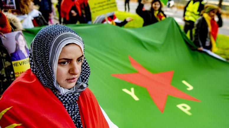 Φατρίες ισλαμιστών συνεχίζουν να καταστρέφουν τις καλλιέργειες των Κούρδων στο Afrin